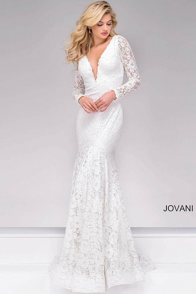 5 of the Best Boho Inspired Beach Wedding Dresses