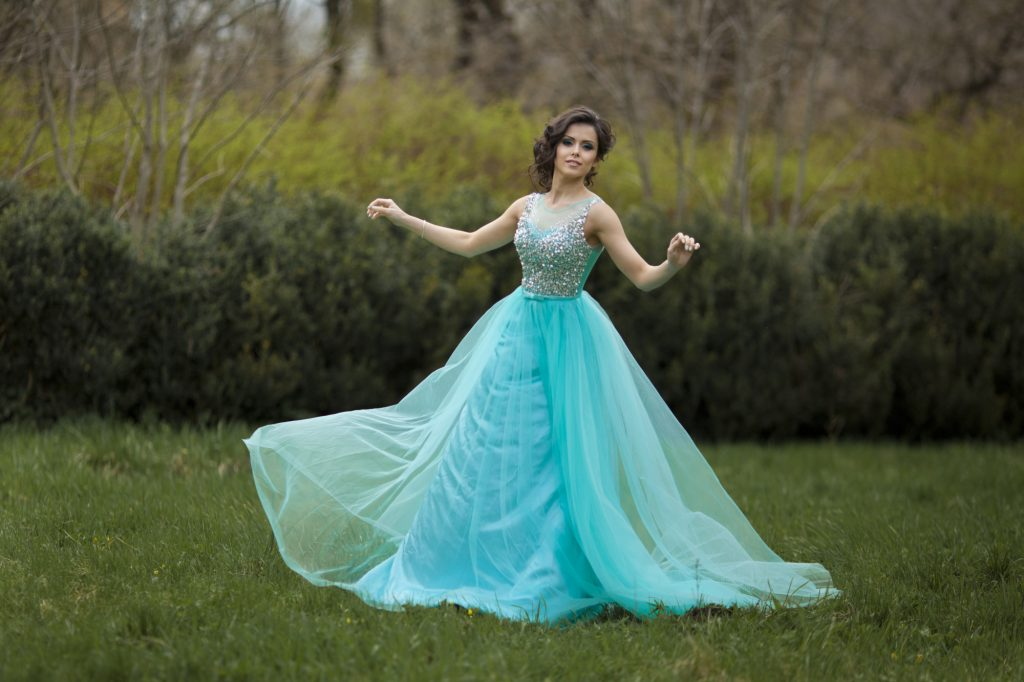 Latest Trends in Prom Dresses
