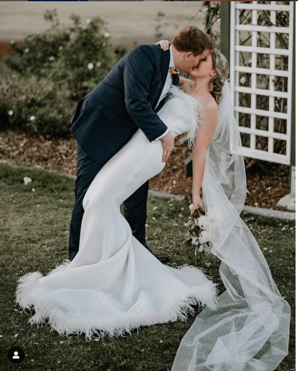 2021 wedding Trends: Dresses, Decoration, Cake, and Flowers