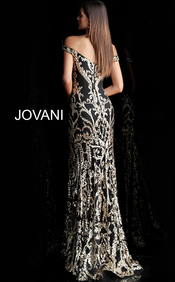 Black gold plunging neckline fitted prom gown 63349