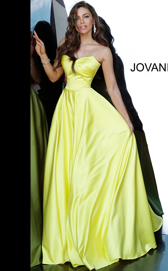 yellow ballgown with pockets 67847