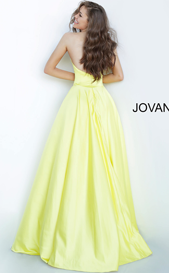 Yellow Strapless Sweetheart Neckline Satin Prom Gown 67847