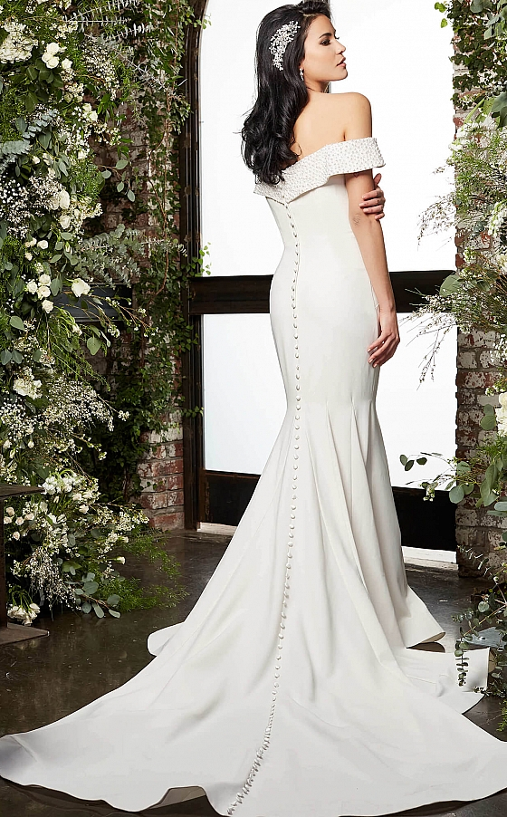 Cathedral train ivory bridal gown JB07135