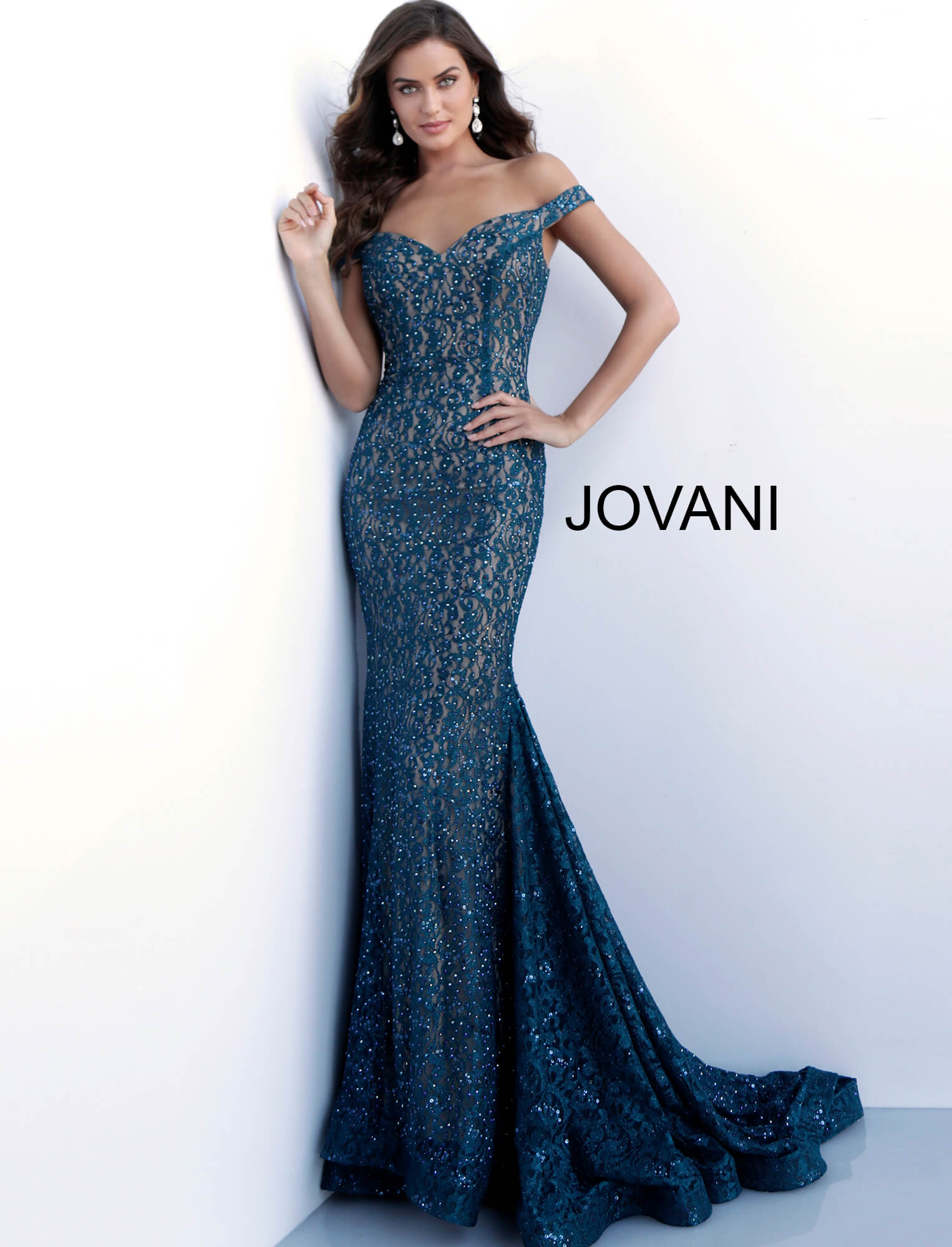 Peacock sweetheart neckline long train prom gown 64521